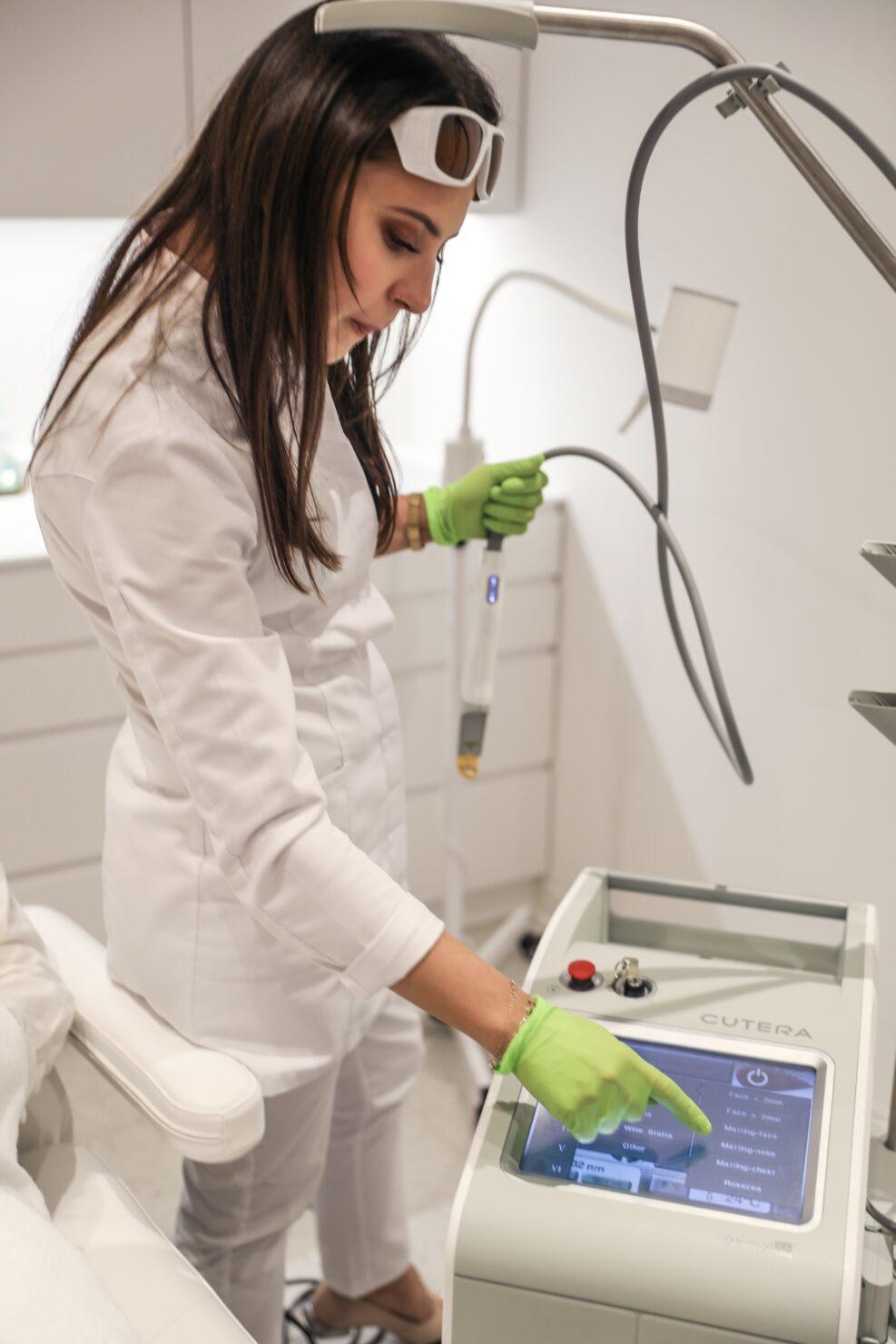 Laser CUTERA usuwanie pękających naczynek